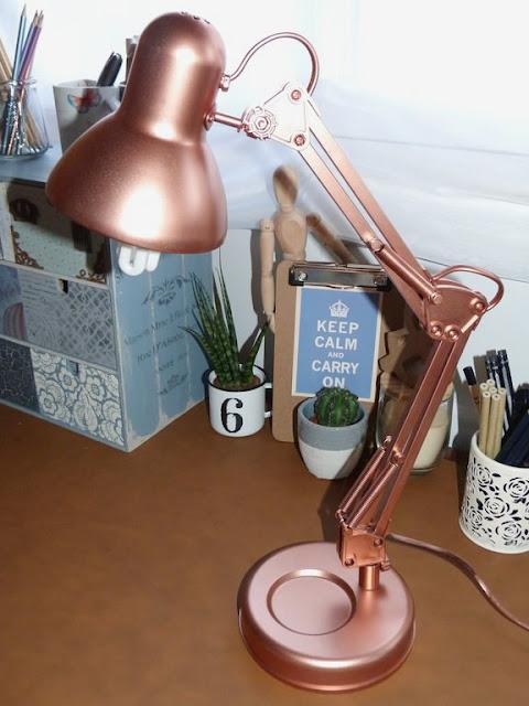 renovar-lampara-escritorio-pintura-spray