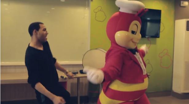 """Watch: Jollibee vs Dawin in """"Dessert"""" Showdown"""