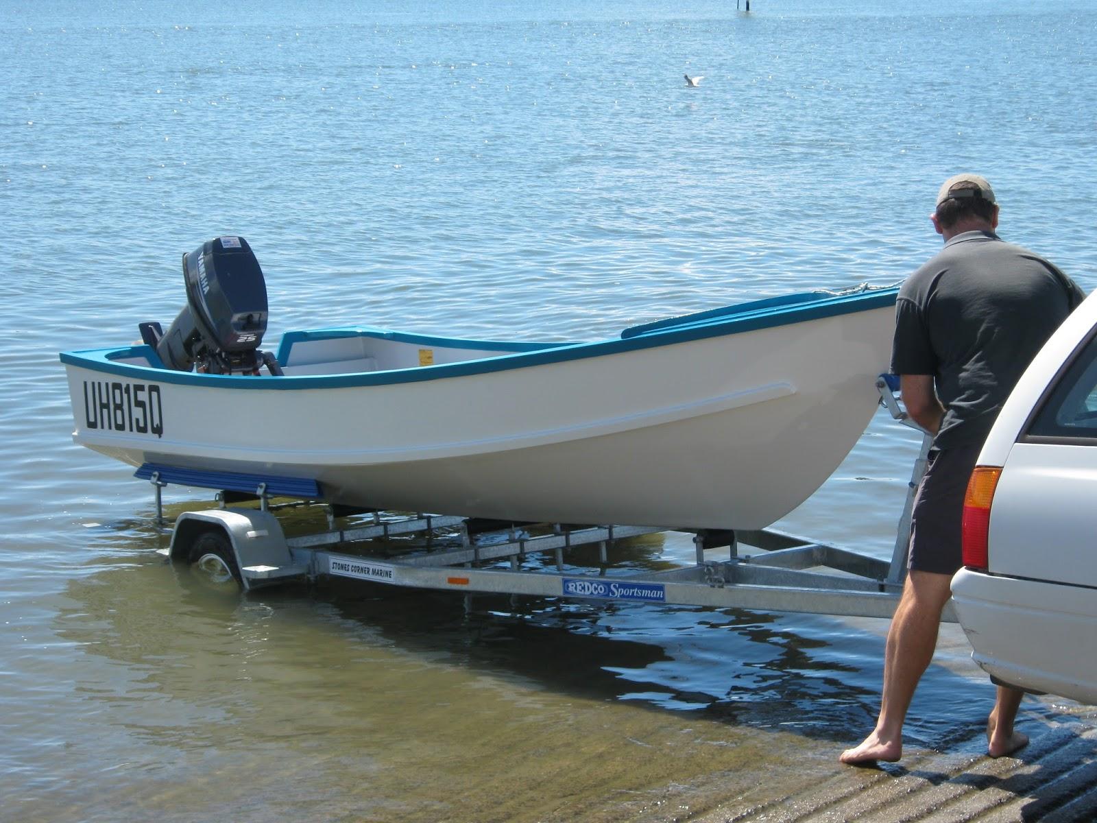 Instant Boats Phil Bolger : Ross lillistone wooden boats trailer design for
