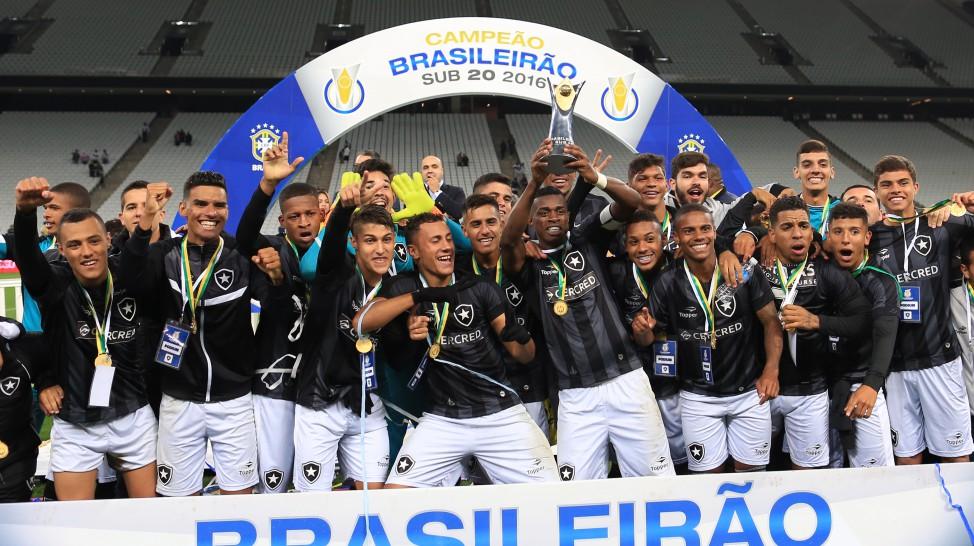 O Botafogo é o grande campeão do Campeonato do Brasileiro Sub-20 2016. O  time de General Severiano conquistou a competição pela primeira vez em sua  história ... 92eb39156f316
