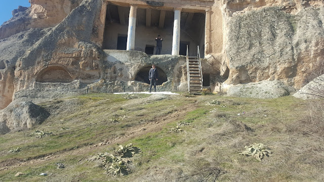 Harun İstenci ve Aydın Çufaoğlu Eskişehir'de Gerdekkaya Mezar Anıtında