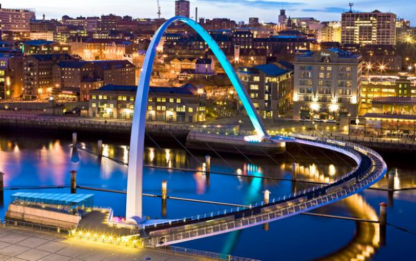 Jembatan Gateshead Millenium