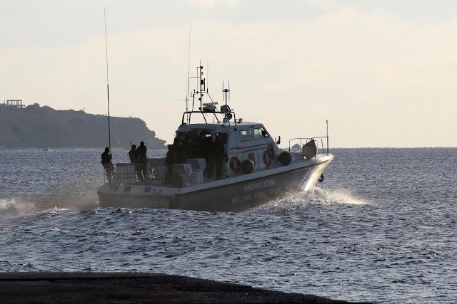Βρέθηκε αγνοούμενος τουρίστας που είχε ανατραπεί η βάρκα του