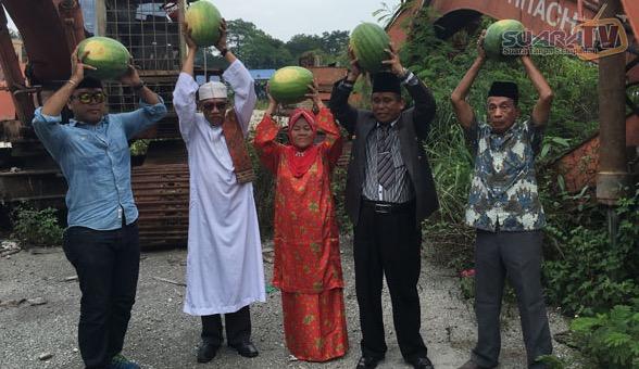 Ritual Pecahkan Tembikai Raja Bomoh