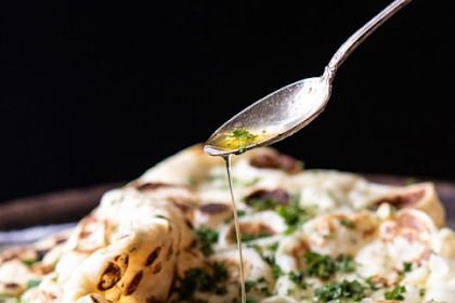 herbed garlic butter naan