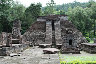 Relief Sejarah Candi Sukuh Karanganyar