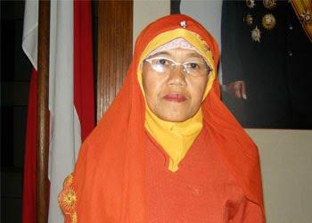 Biografi Bu Muslimah Laskar Pelangi Sosok Guru Teladan