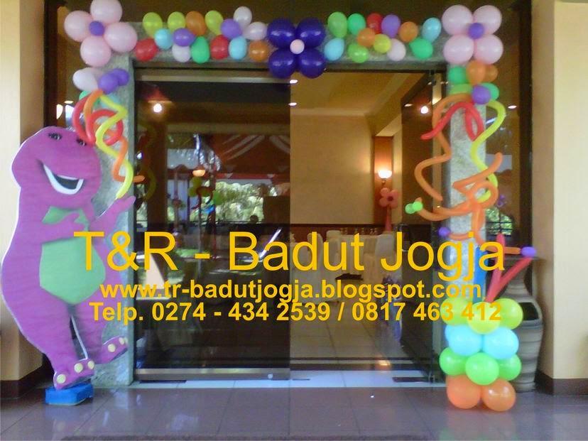 Harga badut jogja t r ultah anak jogja t r dekor balon for Dekor kamar hotel ulang tahun