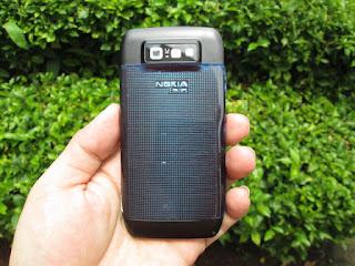 Hape Jadul Nokia E71 Seken Mulus Kolektor Item
