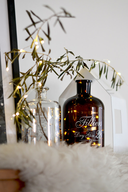 BLOGGERS CHRISTMAS HOMES | Nina from Kitchy World