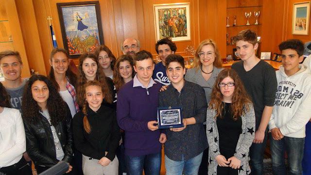 """Βράβευση της Θεατρικής Ομάδας του 3ου Γυμνασίου Αλεξανδρούπολης """"Δόμνα Βισβίζη"""""""