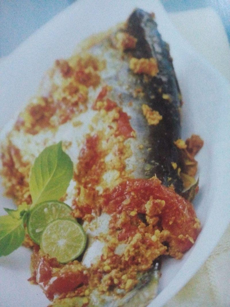 pepes ikan patin bumbu rujak