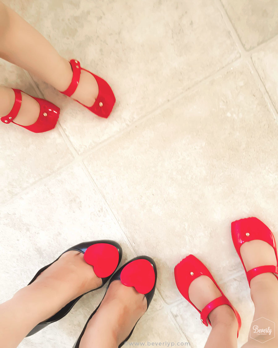 Zapatos iguales mama e hija