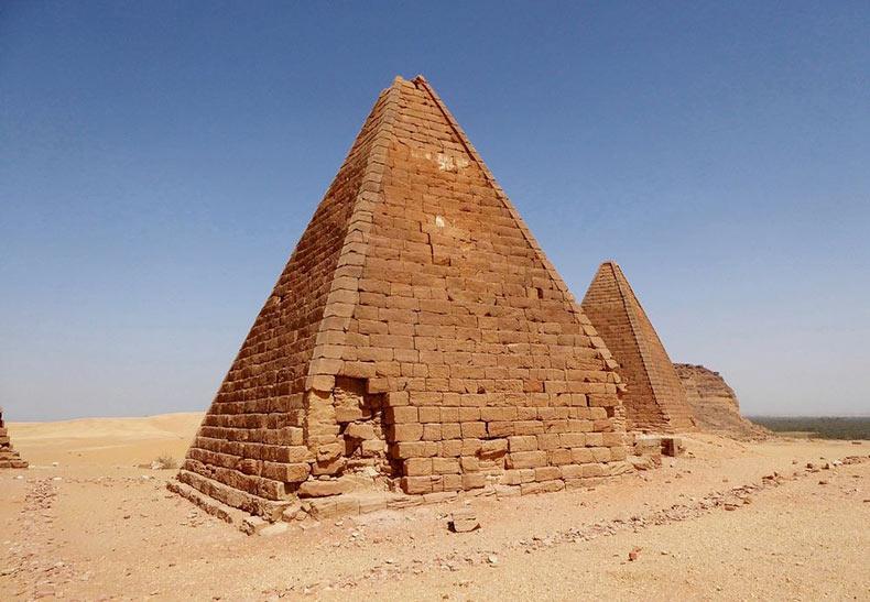 Las pirámides nubias olvidadas de Meroe | Sudan