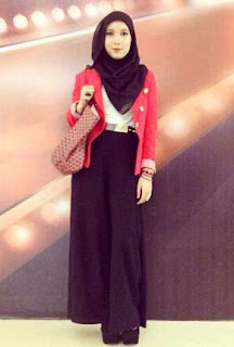 Koleksi Busana Muslim Jenahara Nasution