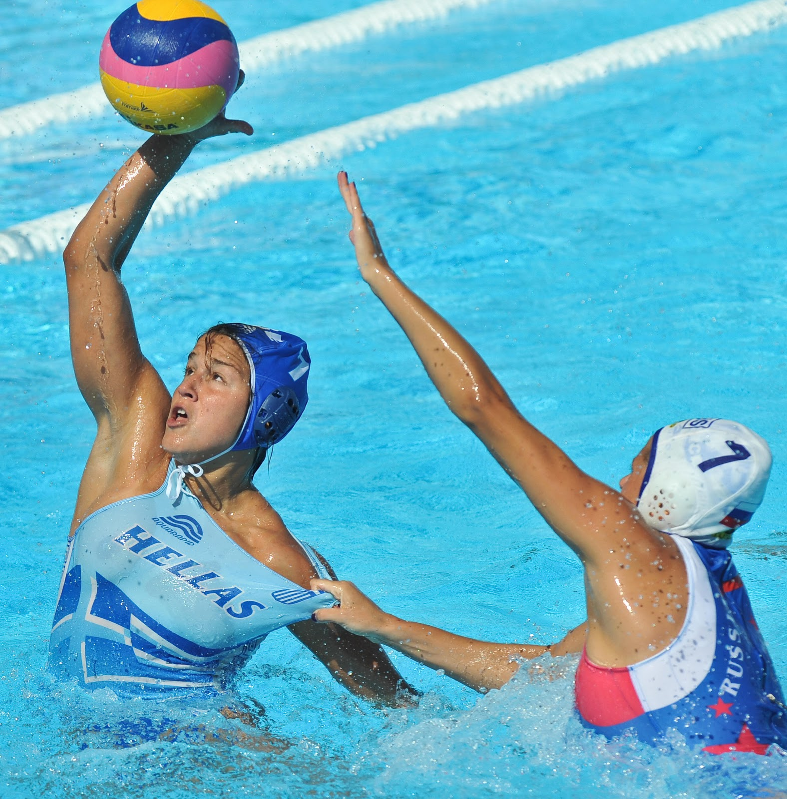 water polo s Woman