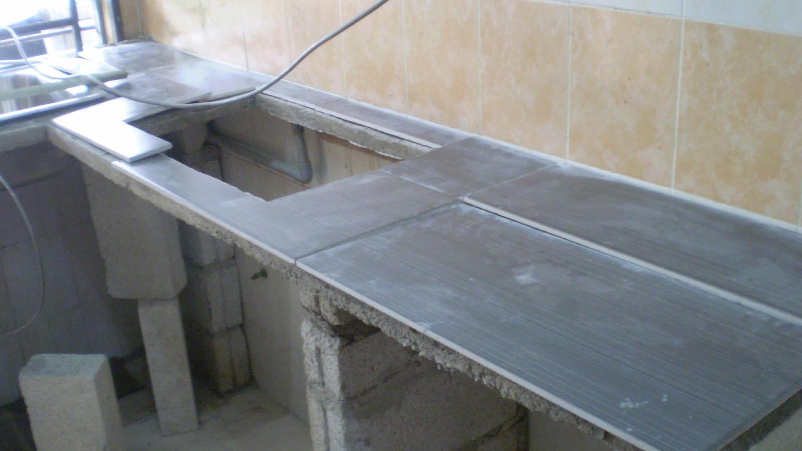 esazainal: Concrete kitchen table top (DIY).