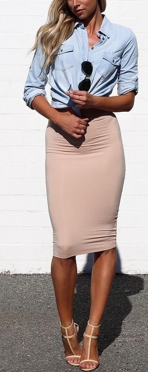casual style perfection: shirt + skirt + heels