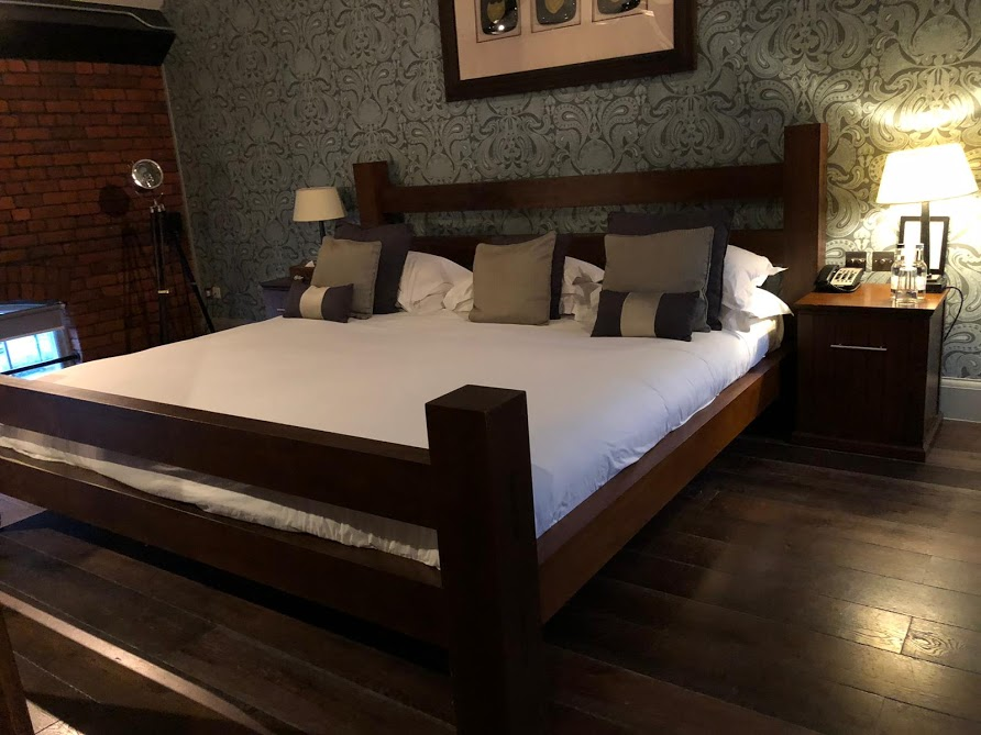 Hotel Du Vin Newcastle Executive Suite - Is it worth splashing out on?