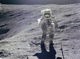 El misterioso mensaje que dejo el astronauta del Apolo 16