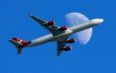 El mundo era un avión, Pastor Aguiar