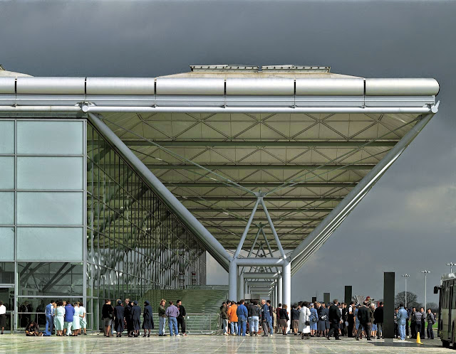 Terminal del Aeropuerto de Stansted | Norman Foster | Estructura modular