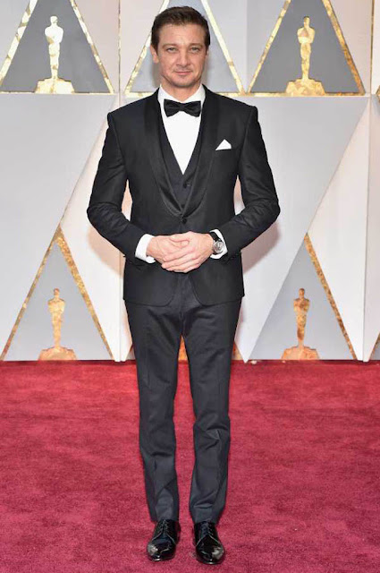 Jeremy Renner at 89th Annual Academy Awards