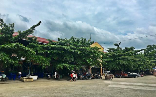 Tabuelan Public Market