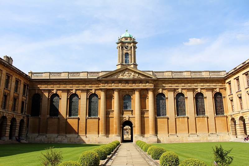 Oxford, England, UK, The Queen's College, best things to see in oxford uk, Oxford university,