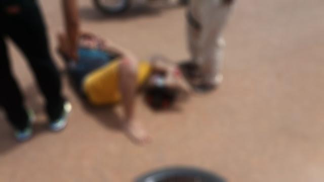 Adolescente inabilitado colide com bicicleta e tem fratura exposta