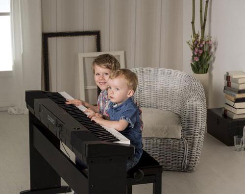 Mua đàn piano điện nào với 10 triệu