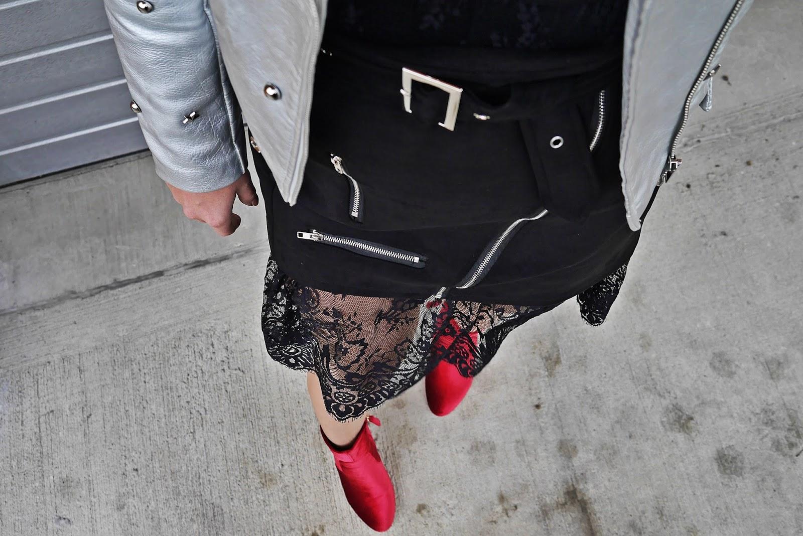 2_srebrna_ramoneska_silver_biker_jacket_karyn_blog_modowy_091017