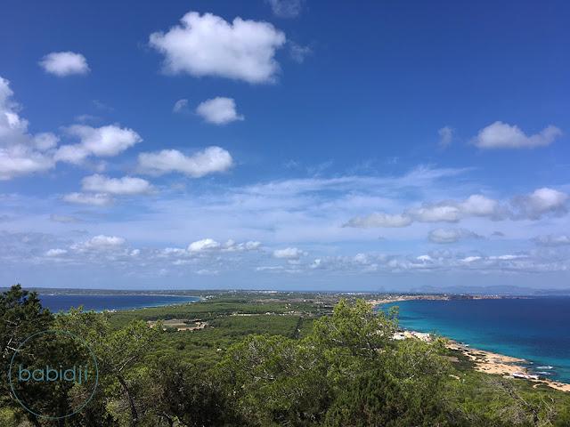 vue depuis le mirador sur les 2 côtes de formentera