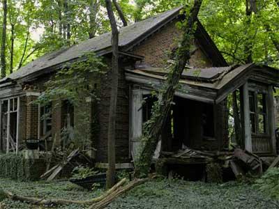 Abandoned Forest Train Route Escape - Solucion