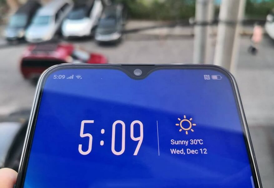 OPPO R17 Pro Waterdrop Notch