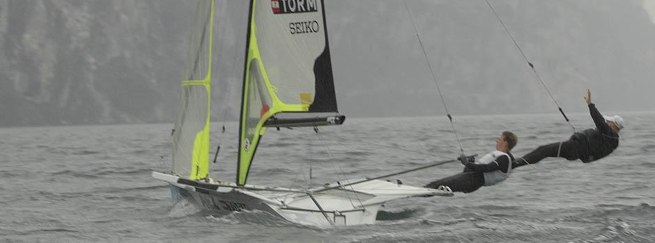 Racing Rules of Sailing - Look to Windward: Ultimate trapeze?!?