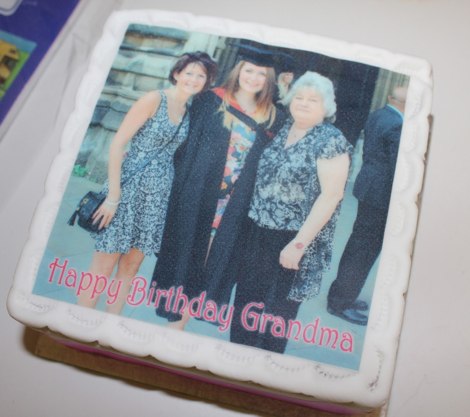 Eat Your Photo Personalised Cakes