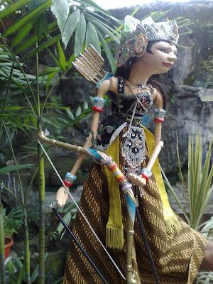 Gambar Wayang Golek Arjuna Dan Srikandi
