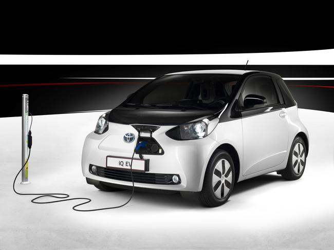 Toyota Iq Electric City Car Still A Concept Vehicle