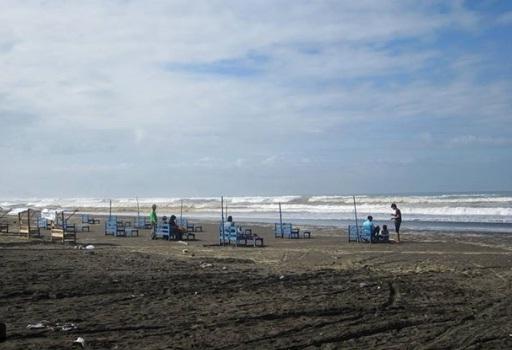 pantai widarapayung wisata cilacap