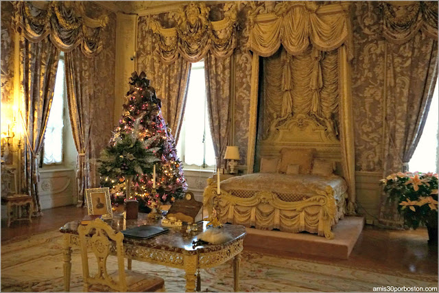 Dormitorio de Alva en Marble House, Newport