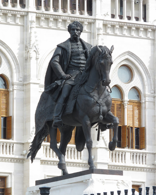 Equestrian statue of Gyula Andrassy by György Zala, Hungarian Parliament Building, Kossuth Lajos ter, Budapest
