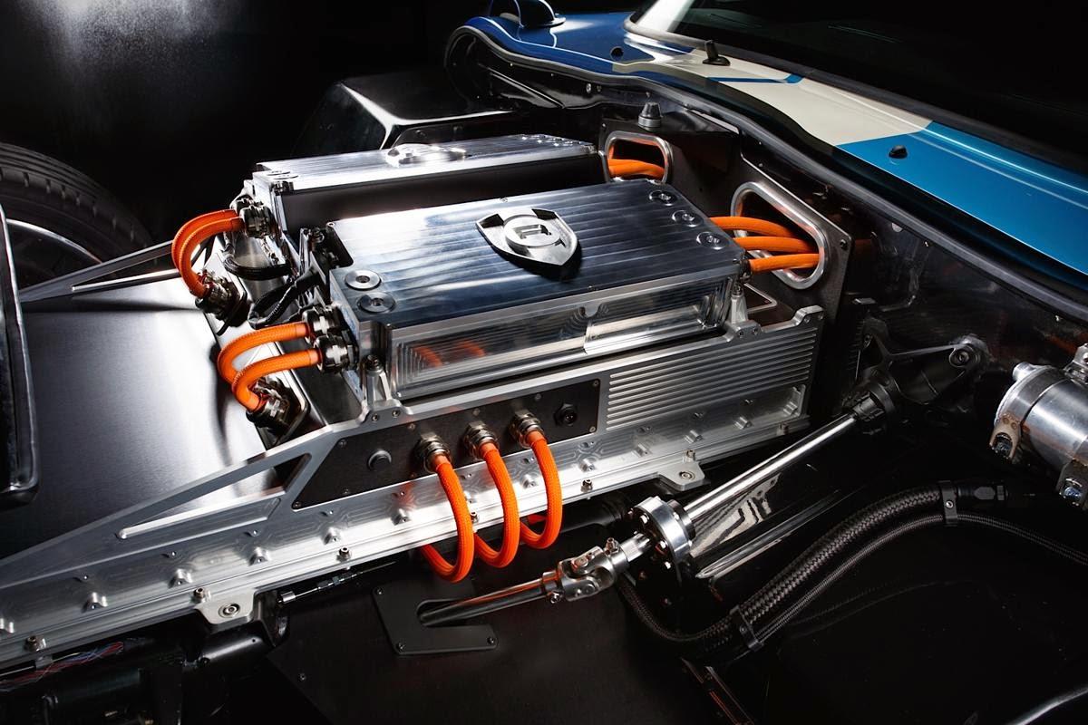 Renovo Coupe 112 Jpg