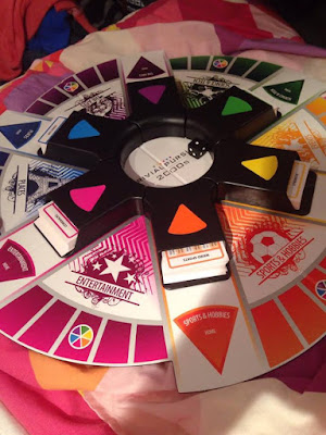 Trivial Pursuit 2000 Board Game