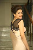 shraddha das latest glamorous photos-thumbnail-17
