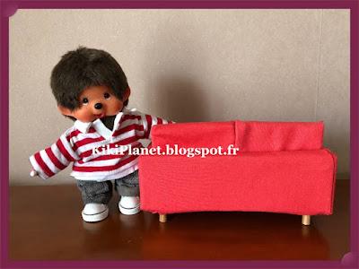 canapé fait main pour kiki ou monchhichi, handmade, menuiserie, meuble miniature poupée