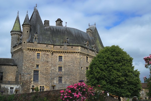 dordogne jumilhac château jardins