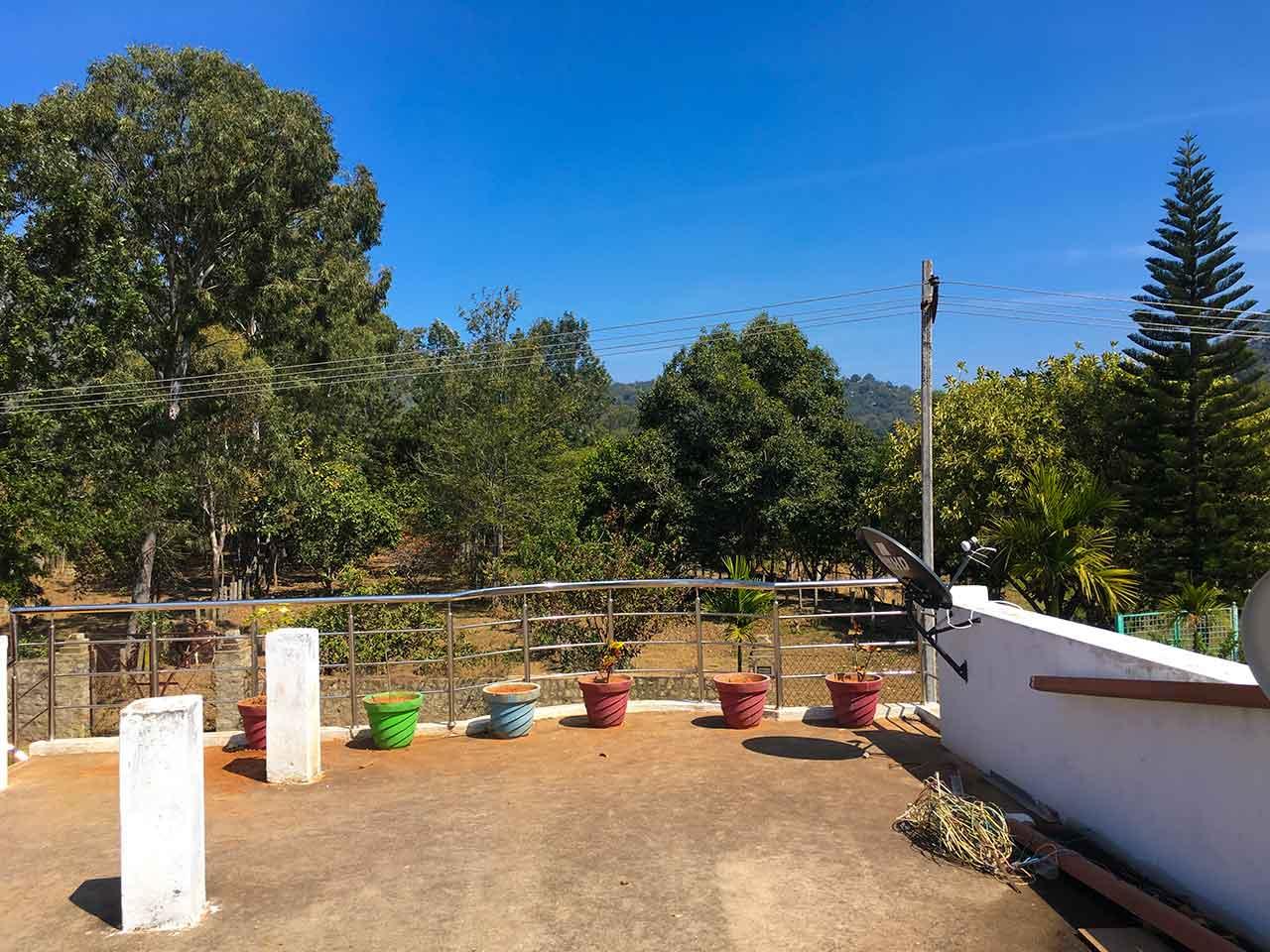 holiday rentals in yelagiri hills