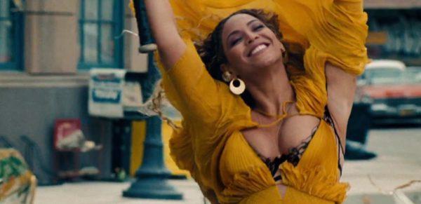 Beyoncé celebra su cumpleaños lanzando un nuevo video.