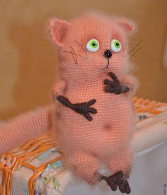 Вязаная игрушка кот крючком
